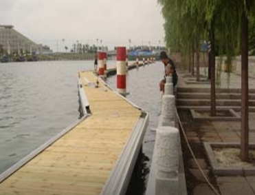 游艇码头设计厂家介绍水上浮动平台的用途有哪些