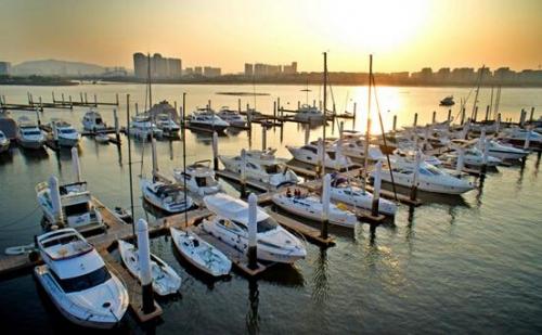 浮筒码头搭建的游艇码头有什么好处呢?