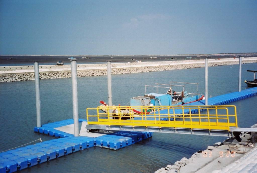 青岛浮筒码头